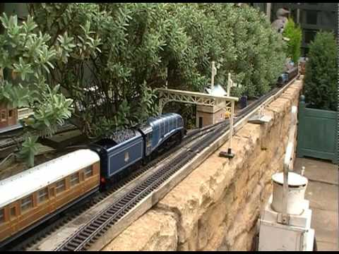 00 Gauge Garden Railway YouTube