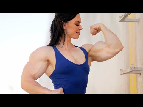 FEMALE BODYBUILDING,- KARI PEARCE, IFBB PRO, FITNESS MODEL, WOMANS BODYBUILDING,