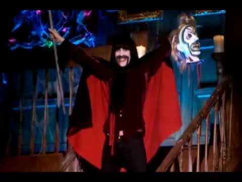 Kasabian - Vlad the Impaler feat. Noel Fielding at the NME Awards 2010