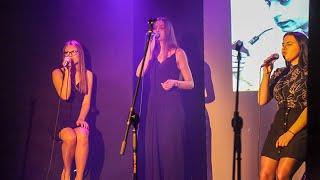 Koncert 'Stan podgorączkowy' w wykonaniu wokalistów Studia Piosenki w Klubie 'Oczko'