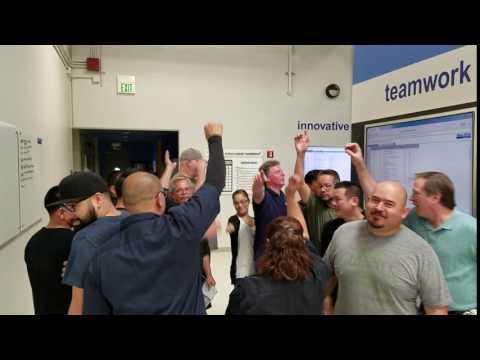 Blue-White employees believe in teamwork!