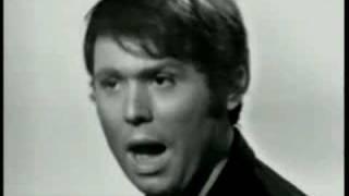 RAPHAEL canta esta canción de México en 1969 en directo... ojo a lo...