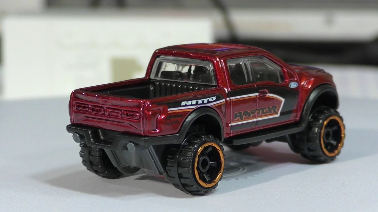 2017 Hot Wheels A Case #10 '17 Ford F 150 Raptor