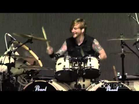 Bullet For My Valentine   at DTE Energy Music Theatre on 07282015 Full Show
