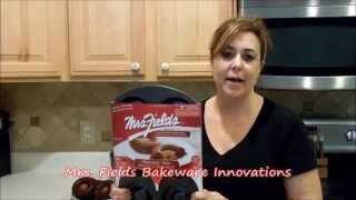 Mrs. Fields Brookie Pan: A Brownie and A Cookie Baked together Thumbnail
