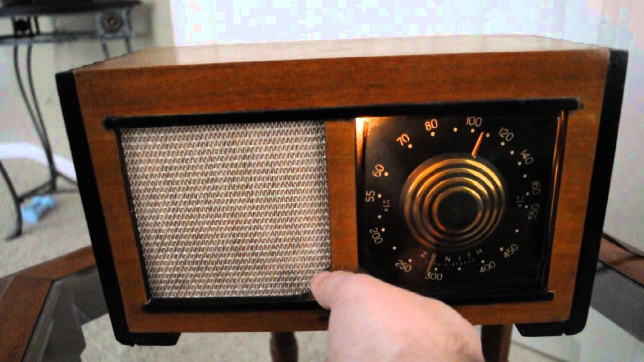1946 Zenith 5D027 Consoltone (RESTORED!) - YouTube