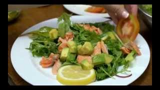 Quick & Easy Recipe Myfunfoodiary: Pan Seared Salmon Salad With Lemon Dressing