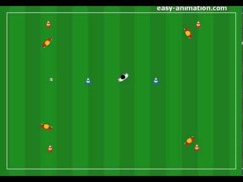 Fussball Ubungen Passtraining Im Quadrat Mit Einem Mittelspieler