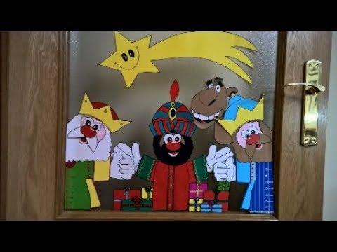 Los reyes magos en cartulina para decorar puertas for Decoracion para puertas de preescolar