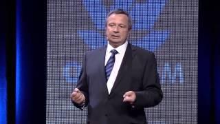Repeat youtube video OVH SUMMIT 2013 : Zoom sur les datacentres et l'écologie avec Henri Klaba (2/7)