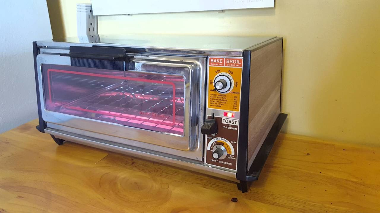 Old Ge Toaster Ovens ~ Vintage ge a toaster oven in action youtube