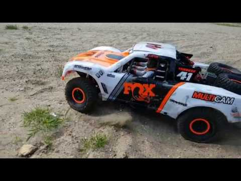 Traxxas Unlimited Desert Racer UDR on 6S in the park