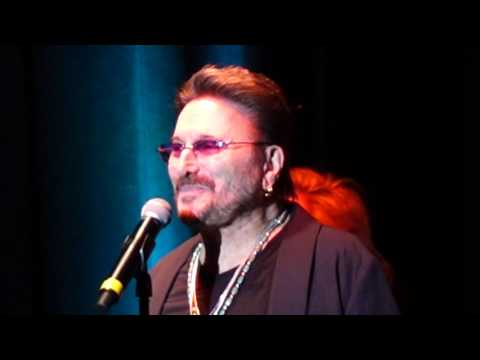 Chuck Negron of Three Dog Night - An Old Fashioned Love Song