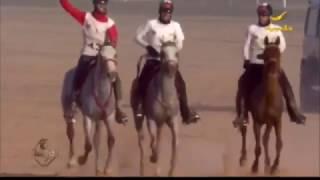 الفارس حميد المزروعي يهدي إسطبلات