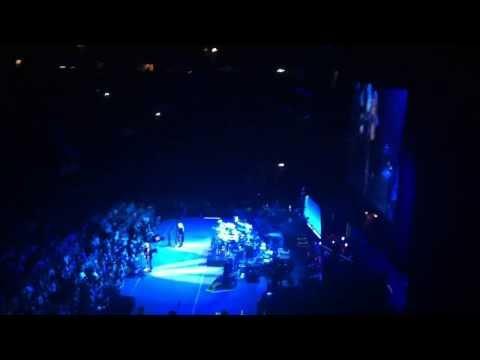 Fleetwood Mac - The Chain (Manchester 01/10/13)