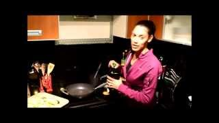 Healthy Cooking- Turkey Meatballs & Zuccini Spaghetti With Fitness Kitten Taylor Walker