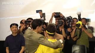 Trúc Nhân diễn lại cảnh hôn với Mạc Trung Kiên bị cắt bỏ trong MV Sáng Mắt Chưa
