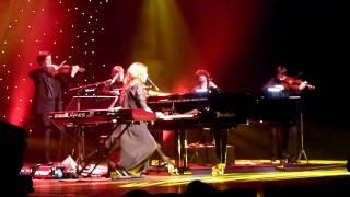 Tori Amos - Fearlessness (Amsterdam, NL 2011-10-18)