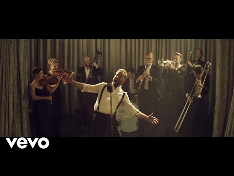 Alfie Boe - As Time Goes By (Medley)