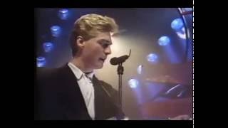 Living In A Box - Room In Your Heart (TOTP)