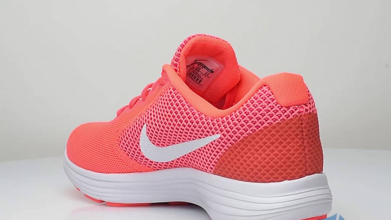 91f8ba888a96 Nike Revolution 3 Women - Sportizmo - YouTube