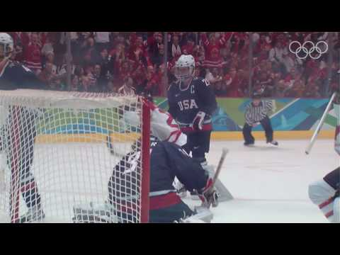 Canada Defeat The USA To Win Women's Ice Hockey Gold - Vancouver 2010 Olympics