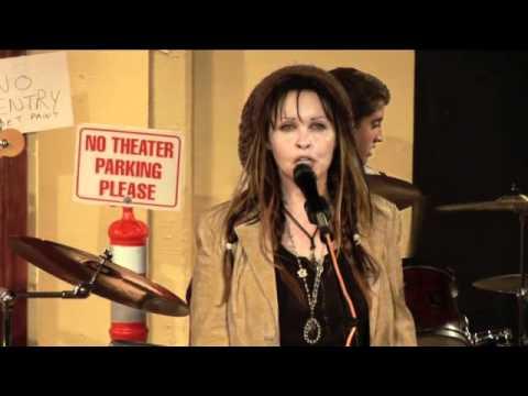 Rhonda & The Jones-1