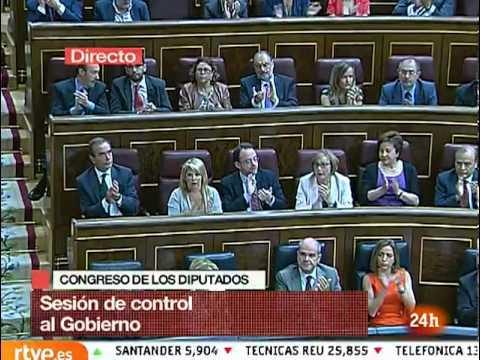 Último agrio cara a cara entre Zapatero y Rajoy sin despedida y con ataques mutuos