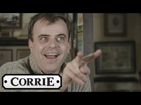 Coronation Street - Interview: Simon Gregson on The Bus Crash