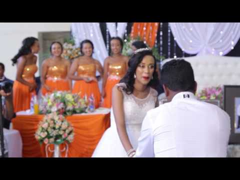 I sing Teddy Afro's Song to Ma Bride  - Melkamu Tebeje