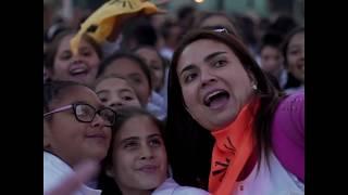 Los niños de las escuelas municipales le cantaron a la ciudad