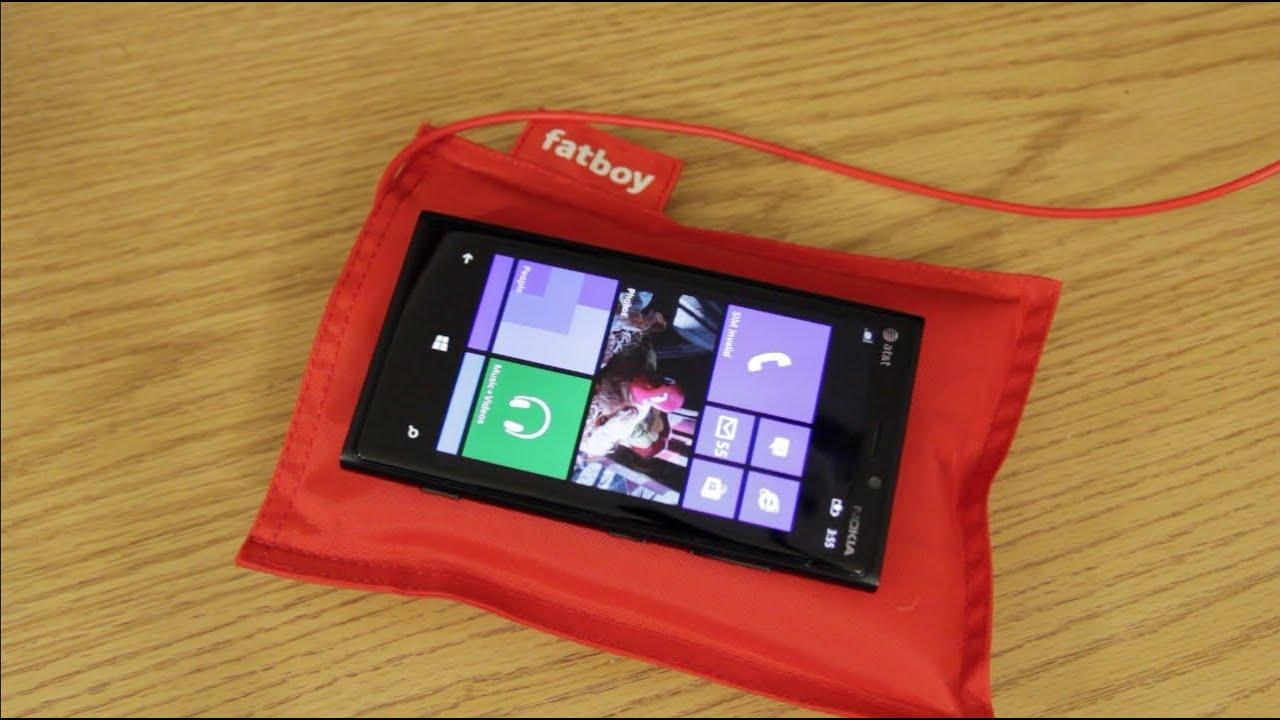 Fatboy Nokia Wireless Charging Pillow Lumia 920 Unboxing