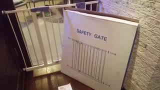 Ворота безопасности для детей и собак