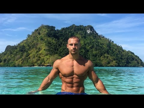 How To Stay In Shape On Holiday