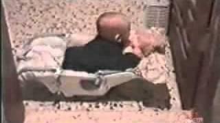 БЕСПЛАТНО смотреть видео онлайн   раздел Юмор  ролик Детство Казановы    Привет ру