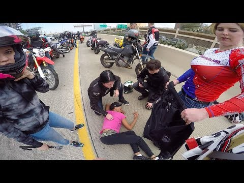 BIKERS MOB STREETS IN DALLAS TEXAS
