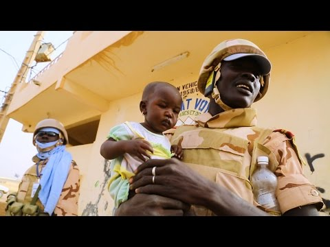 Peacekeeping in Mali, Central African Republic and Haiti. Courage, schools and songs