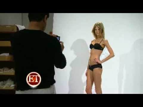 Victoria s Secret - Casting 2008 from YouTube · Duration:  1 minutes 50 seconds