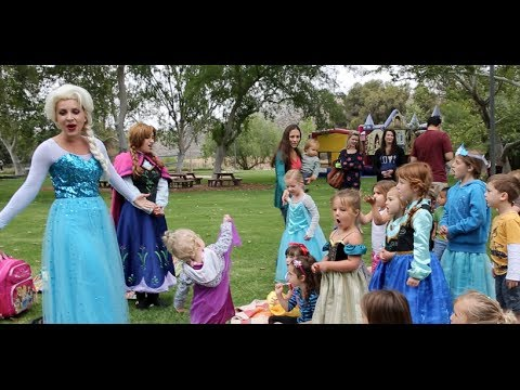 "Frozen Birthday Party ""Let it Go"" - Anna & Elsa Singing"