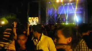 Siloso Beach PArty 2014 - My hot wife kissing stranger part 2