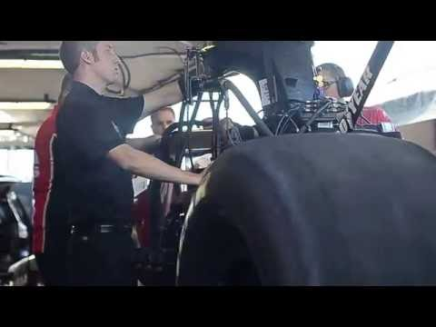 NHRA Fall Nationals Ocober 15, 2016 Mac Tools Top Fuel Dragster Warm Up