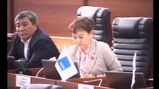 Дастан Бекешев предлагает обязать вузы взимать оплату за обучение в сомах