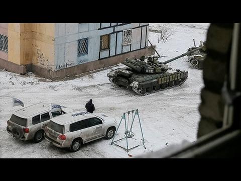 Kiev tanks filmed in demilitarized E. Ukraine