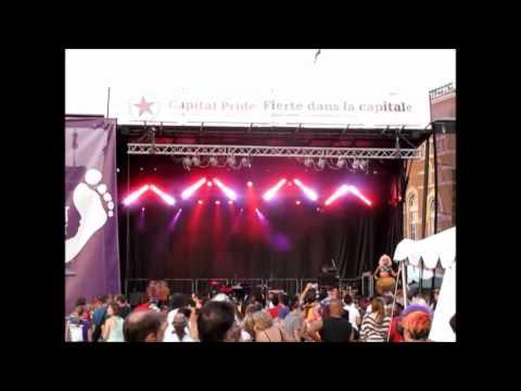 Shangela performs as Nicki Minaj w/ new Joelapuss mix @  Capital Pride (Ottawa)