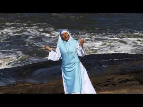 clip-deus-fala-comigo---irmã-inez---freira-do-rap