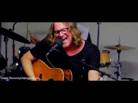 "Candlebox Performs ""Far Behind"" @ Recovery Unplugged Drug Rehab"