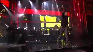 Enrique Iglesias and Pitbull - Tonight , I Like It . 2011 AMA Preformance Live .