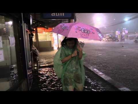 Tropical Storm Vamco hits Pattaya, Thailand