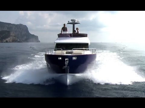 Azimut Luxury Yacht Magellano 43