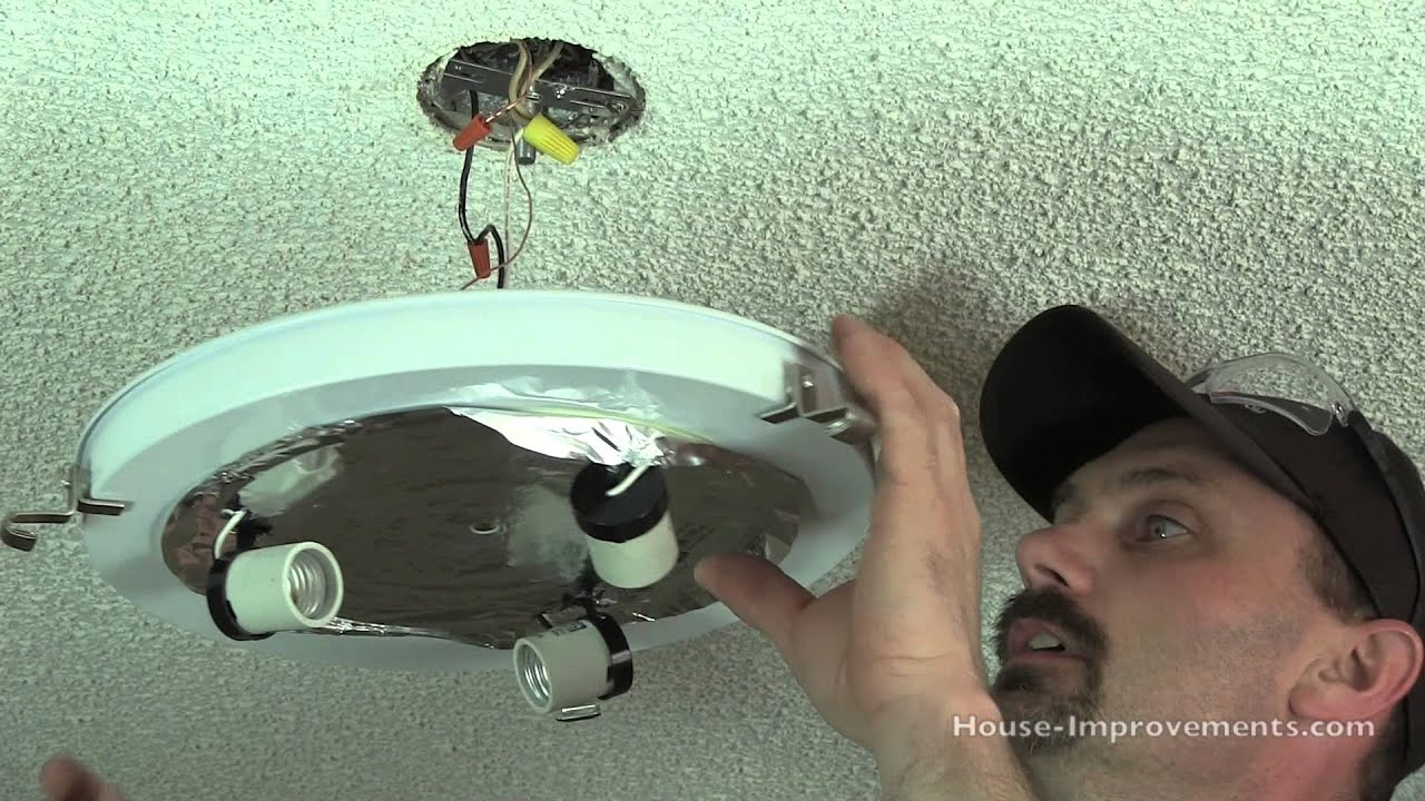 how to replace a ceiling light fixture youtube rh youtube com install ceiling light fixture installing ceiling light fixtures+wiring